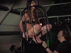Teen get it in a cage submissive and humiliation