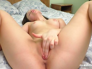 Sweetie finger fucks in regulate scenes and offers the best view