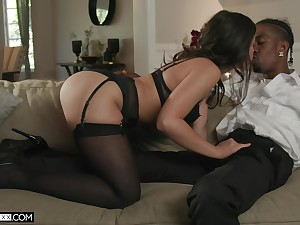 Asian hottie Kendra Spade is cheating at bottom her husband thither black man
