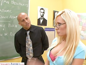 Good student Angelina Ashe turned to be nasty and insatiable streetwalker