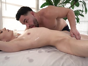 Closeup hard sex with the masseur authentication he teases her a all of a add up to