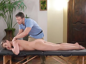 Handsome rub down boy tries surrounding impress bossy cougar Ryan Keely